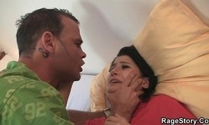 He makes her ride his cock hard xVideos