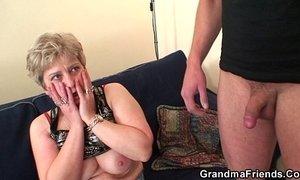 Hot grandma warms up before swallowing two cocks xVideos