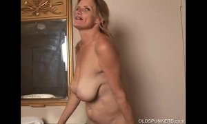 Slutty mature trailer trash loves to fuck xVideos