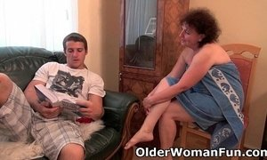 Chubby granny gets drilled on the couch xVideos