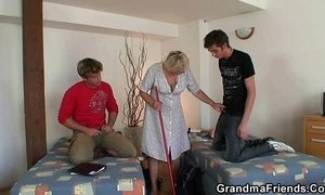 Two lads bang very old cleaning woman xVideos