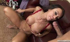 Fit MILF Agent Fucks Her Client xVideos