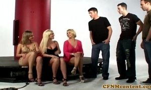 CFNM babes sucking gloryhole cock xVideos