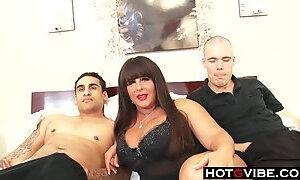 BBW MILF Threesome Wonder