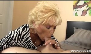 Naughty Granny Blowjob xVideos