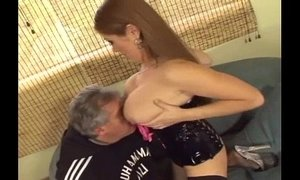 Facesitting and smothering xVideos