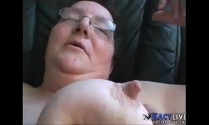 Cumming On This Old Granny - xxxmilf.pro xVideos
