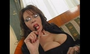 mature busty secretary sex xVideos