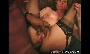Interracial Granny Anal xVideos